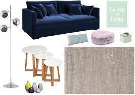 autour d un canape variations autour d un canapé bleu marine joli place