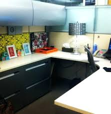 Cubicle Decoration Themes In Office For Diwali by Desk Decoration Ideas In Office For Diwali Ideas For Desk