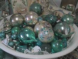 NOVEMBER 18th 19th And 20th VINTAGE CHRISTMAS ORNAMENT SALE Store Hrs 10 5F Sat 1 5Sun Every Year We Do Our Best To Build A Bigger Better Antique