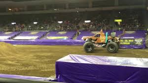Erie Monster Jam! - YouTube