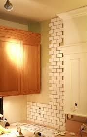Kitchen Backsplash Designs With Oak Cabinets by Great Ideas To Update Oak Kitchen Cabinets