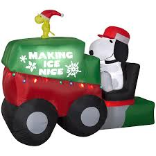 Peanuts 699ft Animatronic Lighted Snoopy Christmas Inflatable At