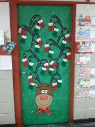 Unique Christmas Office Door Decorating Idea by 25 Unique Christmas Door Decorating Contest Ideas On Pinterest