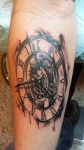 Really Like The Mechanical Gears With Dark Whisps Accenting Outer Edges Of Clock