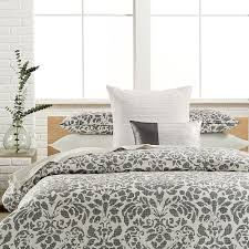 Calvin Klein Bedding by Top 10 Designer Bedding Sets Gostylish