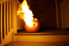 Minecraft Pumpkin Design by 5 Extremely Flammable Jack O U0027 Lanterns That U0027ll Set Your Heart On