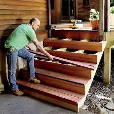 comment construire un escalier decking backyard and patios