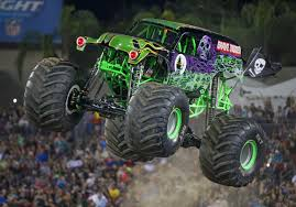 100 Monster Truck Grave Digger Videos Powerful Ride Returns To Toledo For