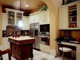 Kitchen Countertop Decorative Accessories by Retro Kitchen Design Ideas Black Gloss Lacquer Finish Kitchen