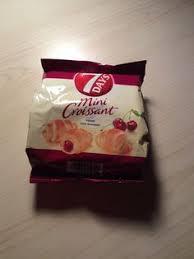 7 Days Mini Croissant Cherry