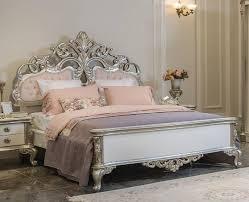 casa padrino luxus barock doppelbett rosa weiß silber 200 x 228 x h 175 cm edles massivholz bett mit kopfteil prunkvolle schlafzimmer möbel