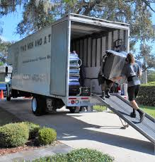 Movers In Orlando East, FL | TWO MEN AND A TRUCK