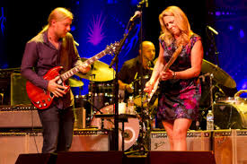 100 Derek Trucks Wife Tedeschi Band At Beacon Theatre ZEALnycZEALnyc