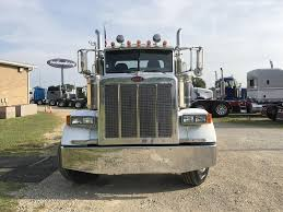 USED 2006 PETERBILT 379 TANDEM AXLE DAYCAB FOR SALE IN MS #6987 Used 2007 Kenworth T300 Rollback Truck For Sale 5622 Used Trucks For Sale 2008 T800 Tandem Axle Daycab 550975 W900l Sleeper For Auction Or Lease Olive 2001 Talbert Ne2000 Trailer 556261 2015 Peterbilt 389 Tandem Axle Sleeper In 357 568228 2012 T660 562485