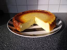 käsekuchen mit skyr und joghurt ohne boden