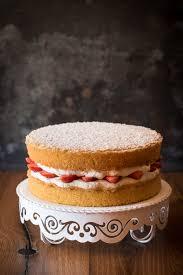 sponge cake schnelle erdbeer sahne torte