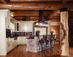 Log Cabin Kitchen Ideas by Best 25 Log Home Kitchens Ideas On Pinterest Log Cabin Kitchens