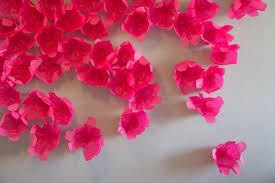 Picture Of Diy Scattered Flowers As A Cool Wedding Backdrop Decoration