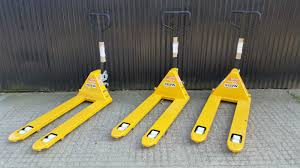 Kelvin Engineering Ltd - Kelvin 2500kg Heavy-Duty Hand Pallet Truck Reel Carrying Pallet Truck Trucks Uk Hand Pallet Trucks Bito Mechanical Folding Huge Range Of Jacks For Sale Or Hire Industrual Hydraulic And Stackers Hangcha Canada Platform Sg Equipment Yale Taylordunn Utilev Toyota Material Handling 13 From Hyster To Meet Your Variable Demand Roughneck Highlifting 2200lb Capacity Vestil 27 In X 48 Semi Electric Truckepts274833 Fully Powered