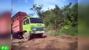 Best TRUCK Fails Compilation ☆ Funny Truck FAIL Videos 2017 ...