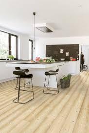parquet flottant dans une cuisine parquet flottant dans une cuisine gallery photo décoration chambre
