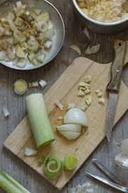 recettes de cuisine avec le vert du poireau flan de poireau au tofu soyeux vegan au vert avec lili
