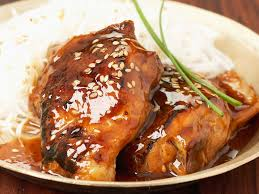cuisiner les filets de poulet blancs de poulet sauce miel et balsamique facile recette sur