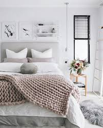 Winter Bedroom Rectangle White Grey Modern Fabric Foam Wall Decoration Thick Blanket Warm Table Vases