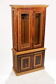 Diy Hidden Gun Cabinet Plans by Best 25 Wood Gun Cabinet Ideas On Pinterest Gun Cabinets