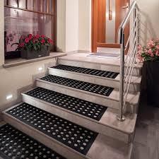 tapis antiderapant escalier exterieur tapis escalier exterieur caillebotis anti glisse noir