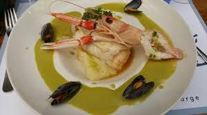 cuisine farce aigle fin farce de saumon sauce citronné large jpg picture of le