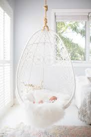genial hanging egg stuhl für schlafzimmer schminktischideen