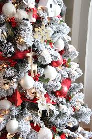 4ft Christmas Tree Sale by Best 25 White Christmas Tree With Red Ideas On Pinterest White