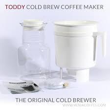 StarbucksR Toddy Cold Brew System