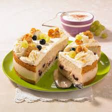 weinschaum torte mit trauben
