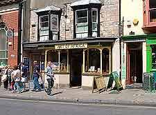 glastonbury shopping glastonbury somerset england