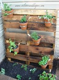 Pallet Garden Wish My Yard Was Flat Because I Would Definitely Make A Fence Out Of Pallets And Hang Flowers From It