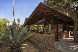 100 Frank Lloyd Wright Jr Designers Give S Dorland House In Altadena A