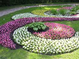Garden Stunning Colourful Round Rustic Grass Flower Bed Designs Decorative Flowers Design Beautiful