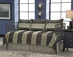 Daybed Bedding Ensuring That Make the Right Purchase — STEVEB Interior