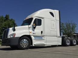 FREIGHTLINER TRUCKS FOR SALE IN FONTANA-CA