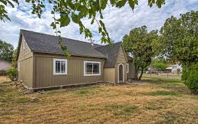 559 Givens Road Red Bluff, CA. | MLS# 20171015 | RED BLUFF And ... Barn Bluff Existation The Lives And Stories Of Old Barns Happy Hour 786 Property In Redding Red Lewiston Lake Whskeytown Probably The Most Stellar Barn I Have Ever Seen Located Just Single 4366 Best Images On Pinterest Country Life Barns Dodge 82019 Car Release Specs Price Organic Marijuana Green Farms 12490 Muller Avenue Ca 96080 Round Up Realty