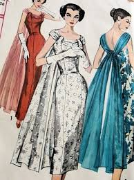 1950s LOVELY SLIM EVENING DRESS PATTERN GRACEFUL FLOATING BACK DRAPE FIGURE SHOW OFF SHEATH SIMPLICITY