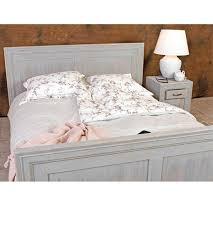 massivholz moebel schlafzimmer bett nachttisch farbe grau