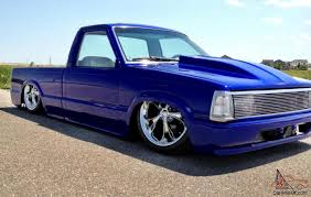 Custom Pickup - Mazda B2200 W/Chevy Smallblock 350