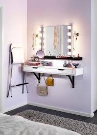 miroir dans chambre à coucher chambre miroir couloir moderne miroir de chambre a coucher miroir