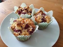 himbeer muffins mit streuseln