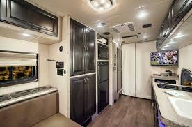 Custom Semi Truck Sleeper Interior, 46 Best Inside Big Rigs Images ...