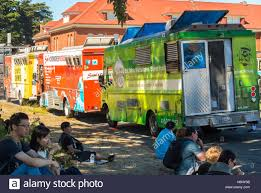 San Francisco, CA, USA, People Sharing Meals, Food Trucks,