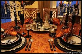 Ideas For Halloween Finger Foods by 20 Ways To Decorate Your Table For A Halloween Dinner Party